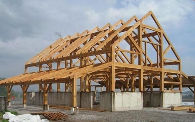 timber frame barns experience smoother building when organized