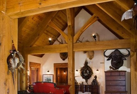 hunt-club-timber-frame-landing.jpg -