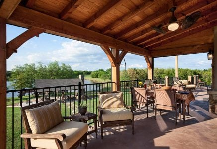 oklahoma-city-covered-porch - outdoor living room and dining room
