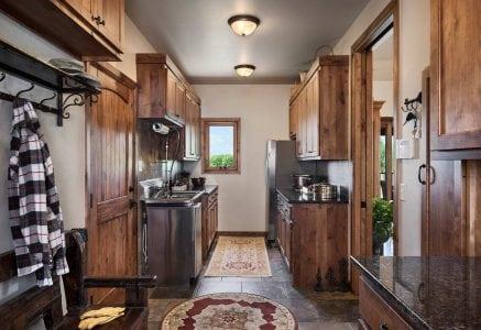 oklahoma-city-mudroom - timber frame mudroom
