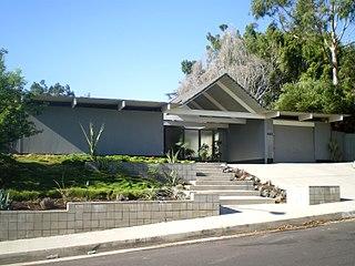 mid-century-modern-home-eichler