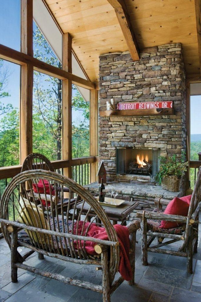 sunroom porch screened in