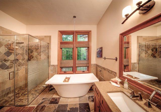 amazing bathtub in a luxury home